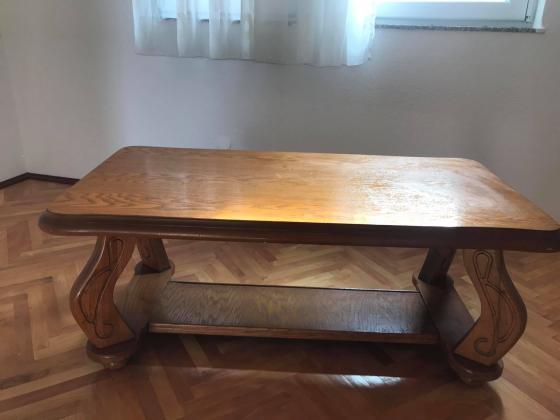 Shes 2 tavolina te drurit