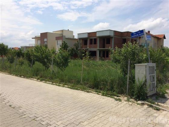 Shitet shtepia ne 10 ari oborr ne Prishtine
