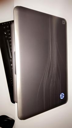 HP 15.6-inch i7, 8GB RAM, 750HDD, 1GB GPU